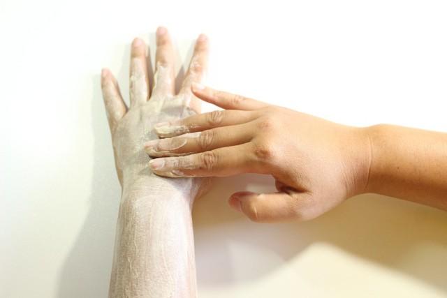 7 važnih saveta za negu kože tela u jesen