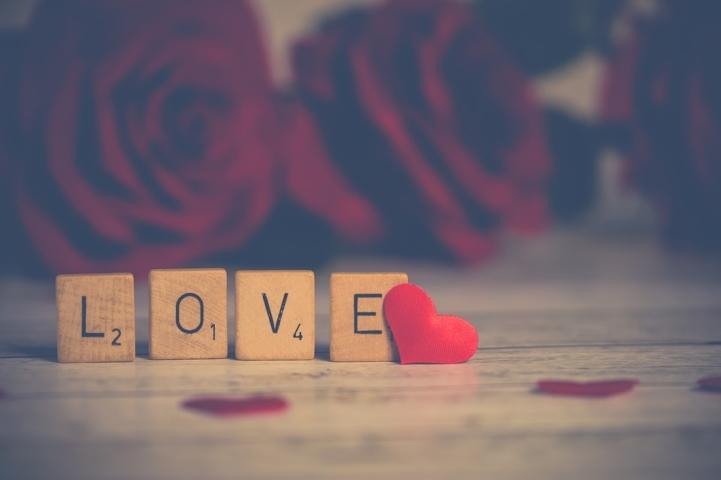 """Kolumna: Znamo li šta znači """"volim te""""?"""