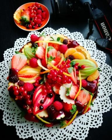 Cheesecake – čizkej ca crvenim voćem