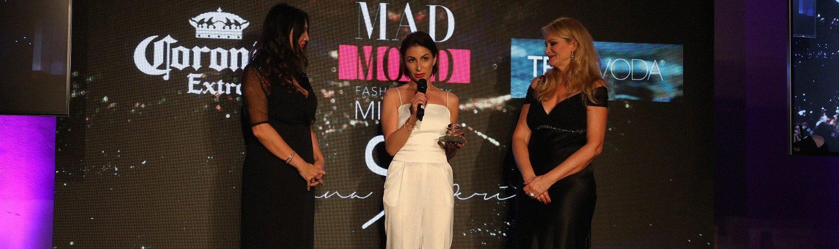 Suzana Perić osvojila nagradu Nedelje mode u Milanu,  uz predstavljanje najnovije kolekcije PASOŠ