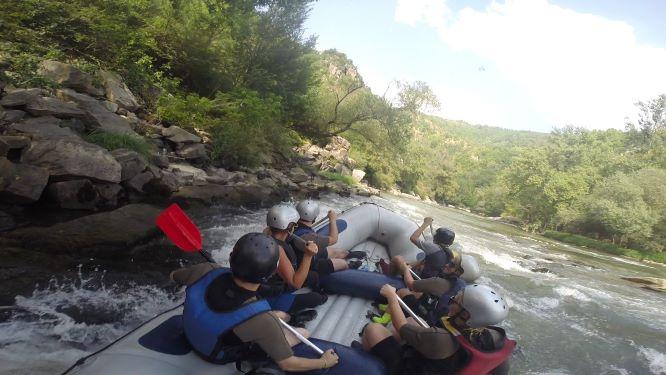 Nezaboravno uživanje – rafting Ibrom