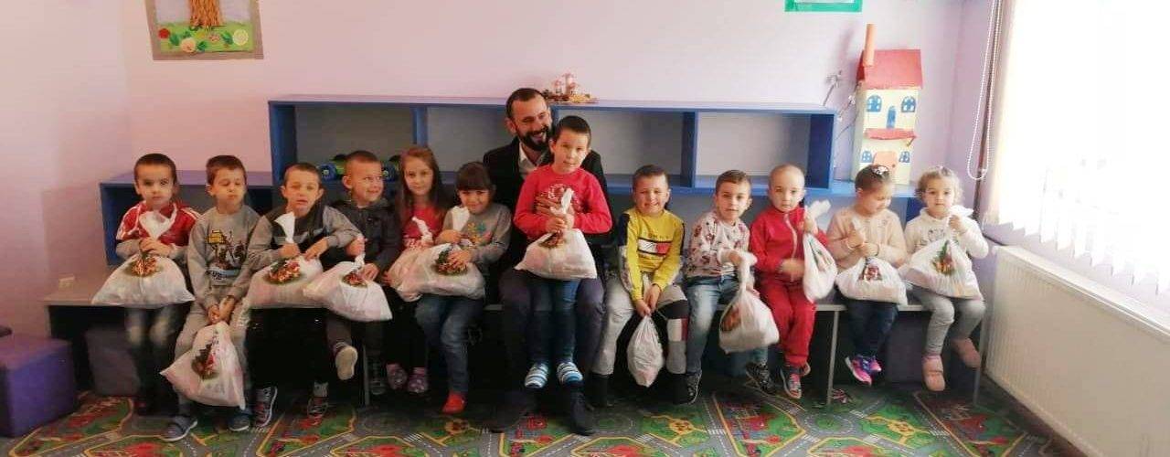 Humanitarna akcija! Dodela božićnih paketića deci sa Kosova i Metohije!