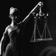 Ko smo mi da sudimo drugima?