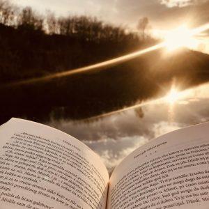 knjiga, zalazak sunca