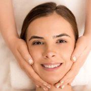 Biti i ostati mlada: Kako koži lica vratiti mladost i jedrinu