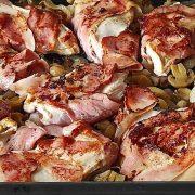 Nedeljni ručak: Piletina sa šampinjonima i suvom slaninom